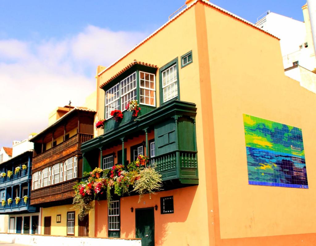 balcones-de-la-avenida-maritima